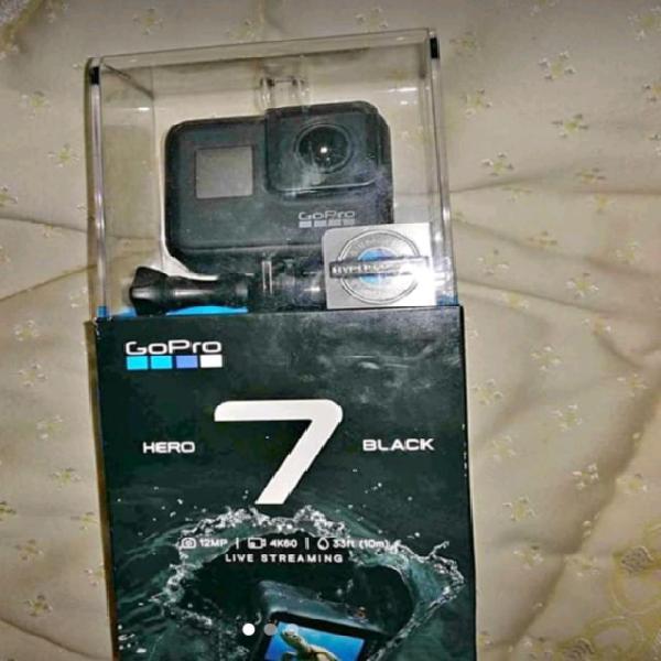 Gopro hero 7 black+accessori nuove