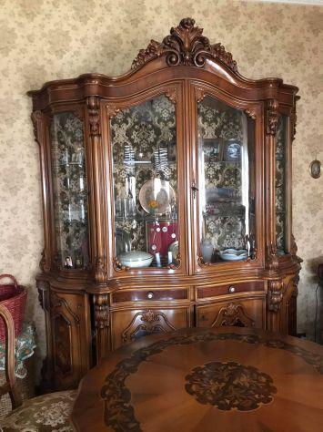 Mobile e tavolo stile barocco