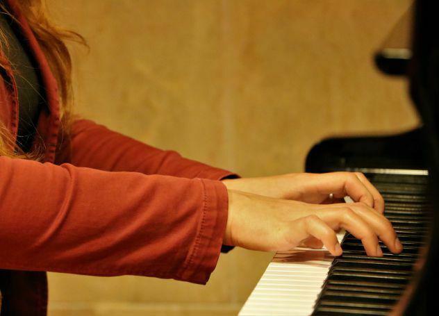Lezioni di pianoforte per bambini e adulti