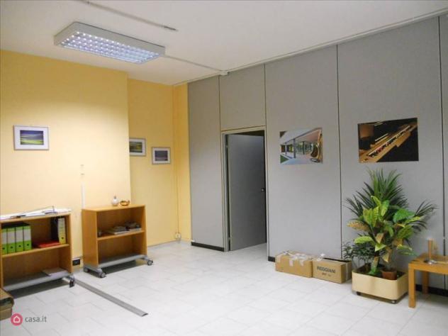 Ufficio di 400mq in via filippo anghileri 4 a milano