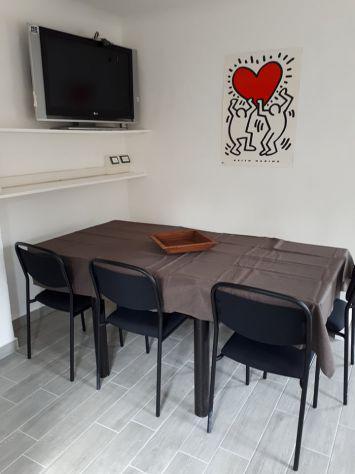 Urbino centro app. ristrutturato x6 persone. 3 camere doppie