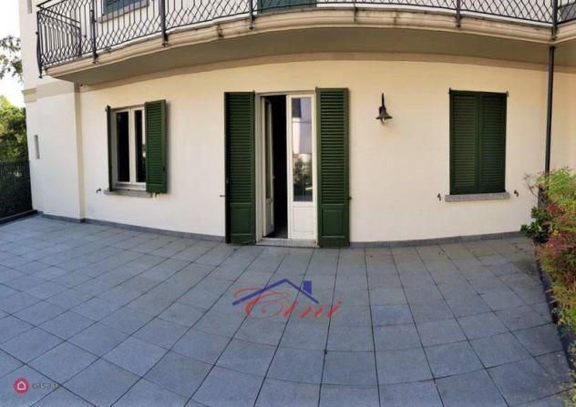Appartamento di 150mq in via lungo lario isonzo a lecco
