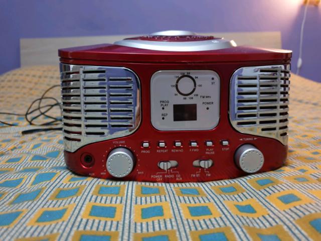 Auna radio cd stereo retrò rosso