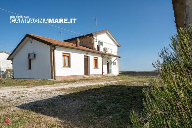 Casa indipendente di 140mq in piazza unità d'italia 1 a