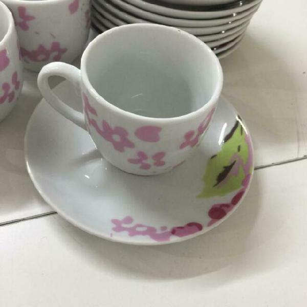 Servizio caffe da 12 le perle bianco decoro rosa