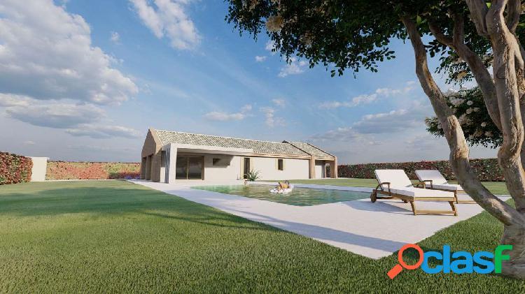 Casa singola con 3.000 mq di giardino
