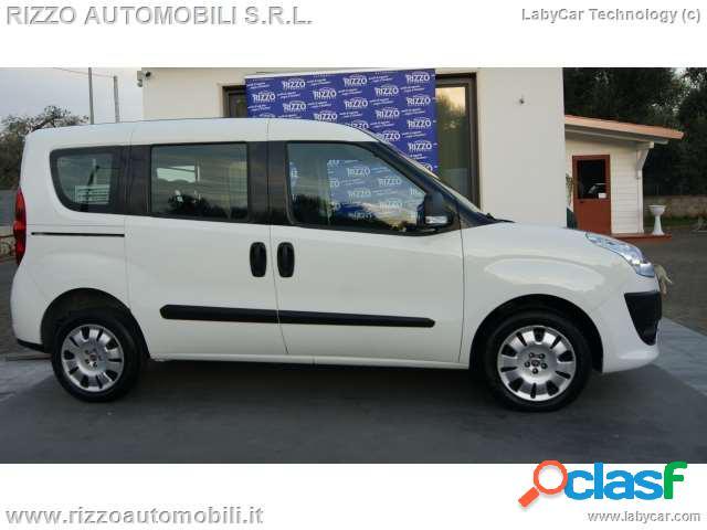 Fiat doblo'1.6 mjt 7 posti emotion