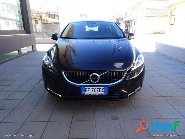 Volvo v40 d2 business