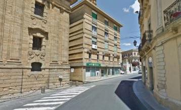 Commerciale caltagirone