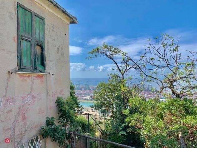 Casa indipendente di 400mq in via villini negrone a genova