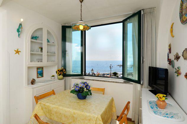 Delizioso appartamento sul mare a due passi da amalfi