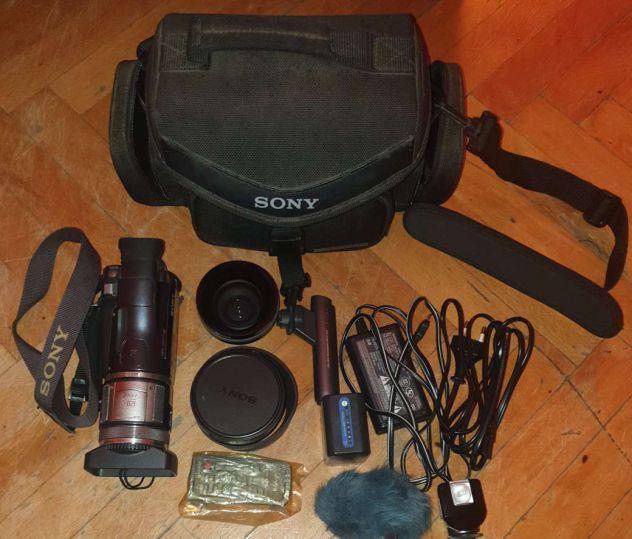 Videocamera sony hdr-hc1e+moltissimi accessori