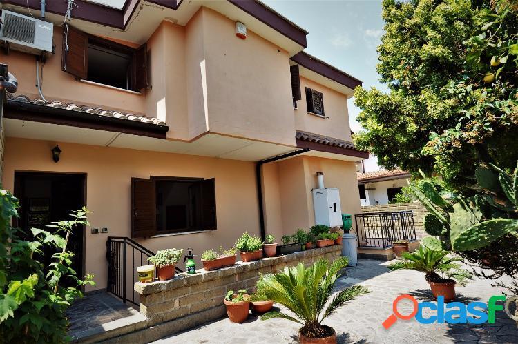 Miami - splendida villa con giardino € 260.000 t406