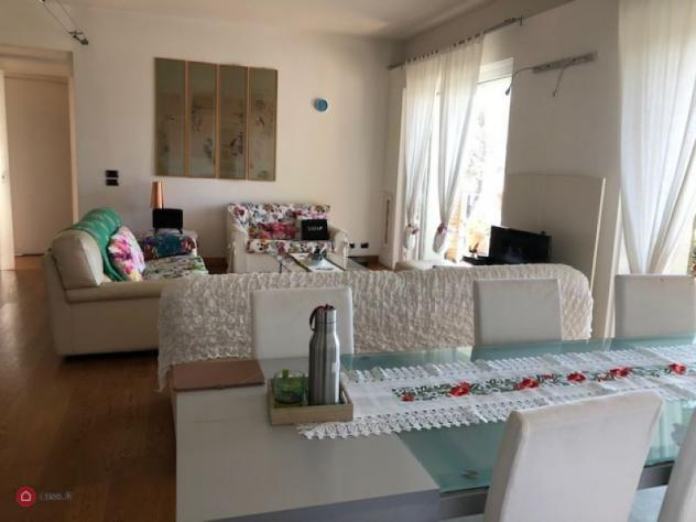Appartamento di 150mq in via della tecnica a roma