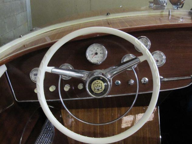 Barca a motore posillipo bermuda