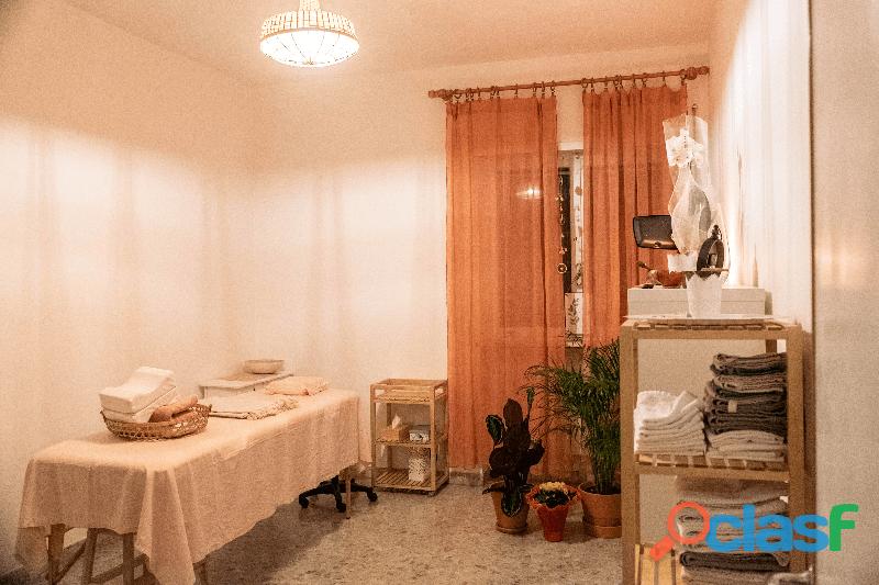 Affittasi stanza arredata in Studio olistico Trastevere
