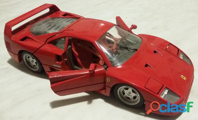 Modello Ferrari F40 Tonka Polistil in Scala 1: 18 come nuovo