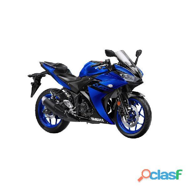 Yamaha R3 blu anni 2017 2019 con non più di 5000 km