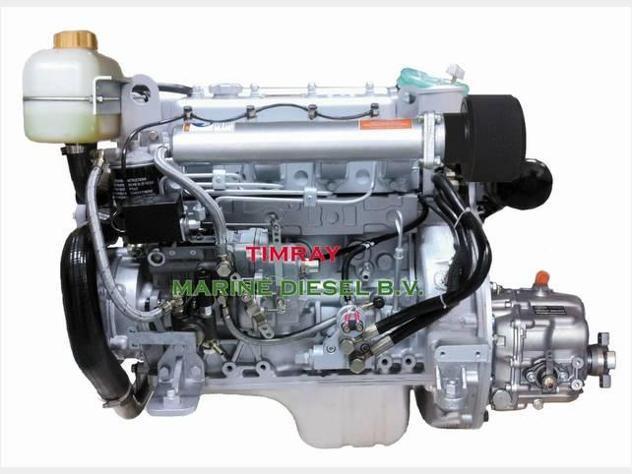 Motore marino entrobordo diesel nuovo per barca 37 hp.