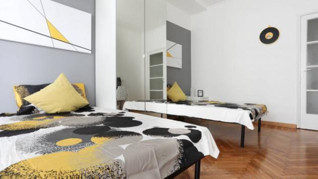 Appartamento di 120 m² con 5 locali in affitto a milano