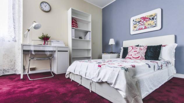 Appartamento di 240 m² con più di 5 locali in affitto a