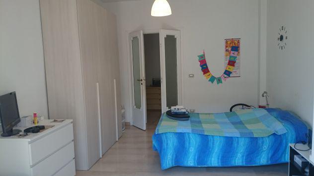 Camera singola in appartamento