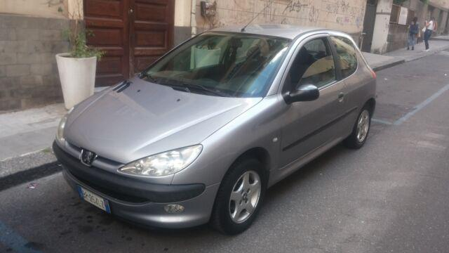 Peugeot 206 1.1 restyling