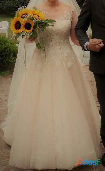"""Abito sposa collezione """"Nicole spose"""""""