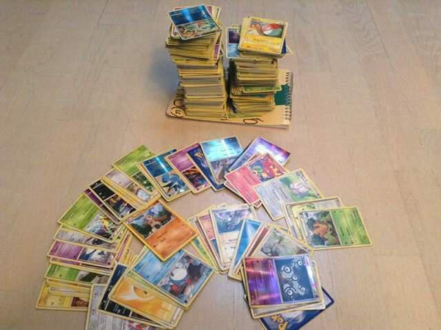 Carte assortite dei pokemon