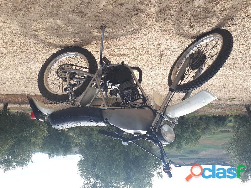 Moto Rieju 505 TT 49 cc semi restaurada