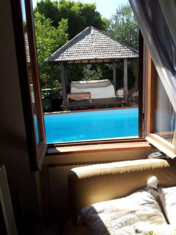 Elegante villa marina di serapo fronte mare con piscina e