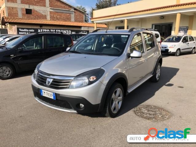 Dacia sandero diesel in vendita a sant'antimo (napoli)