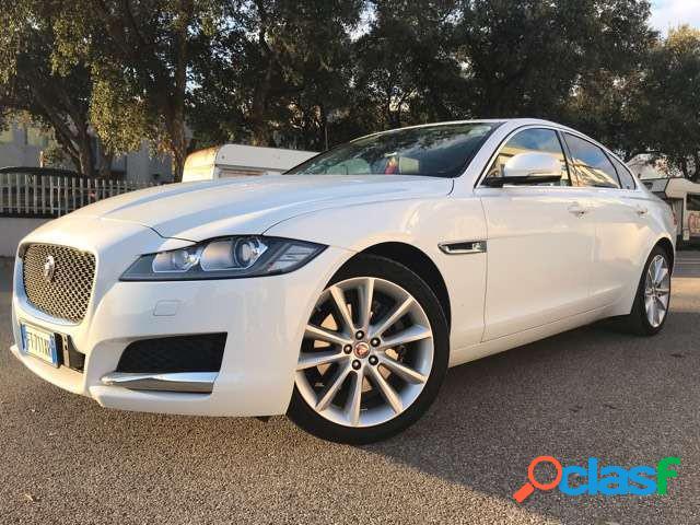 Jaguar xf diesel in vendita a follonica (grosseto)