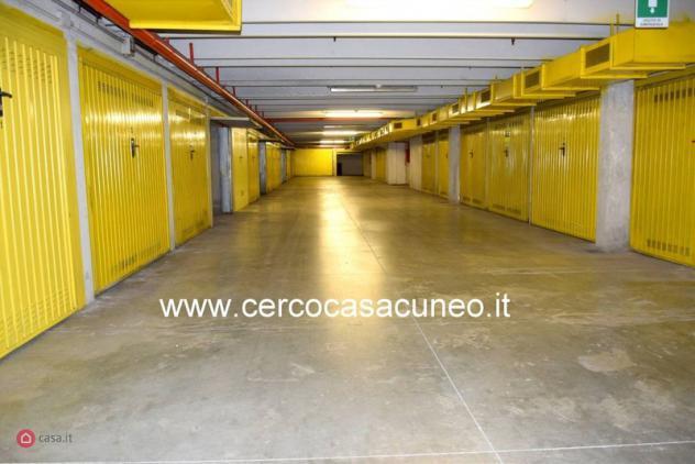 Garage/posto auto di 20mq in piazza boves a cuneo