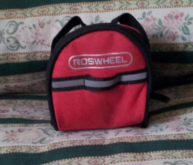Roswheel rosso nero borsetto sotto sella