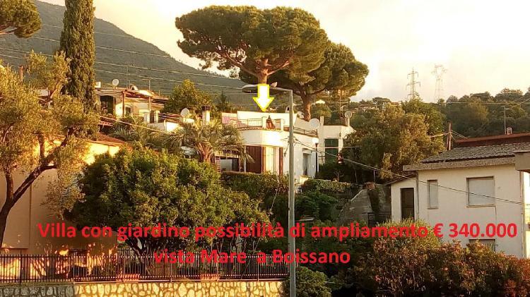 Villa vista mare con giardino con possibilità di