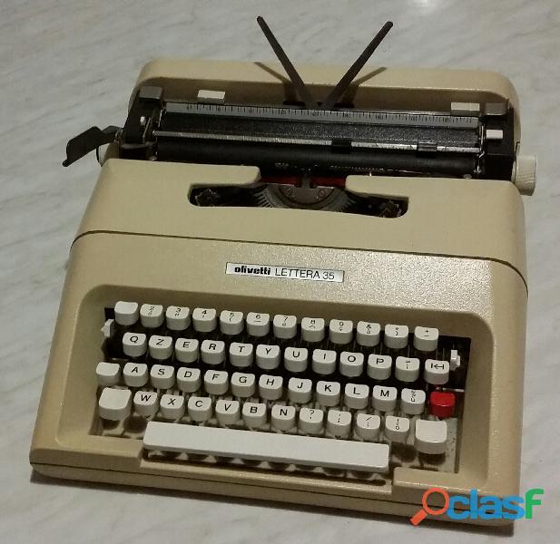 Storica macchina da scrivere olivetti lettera 35 anno 1972 come nuova