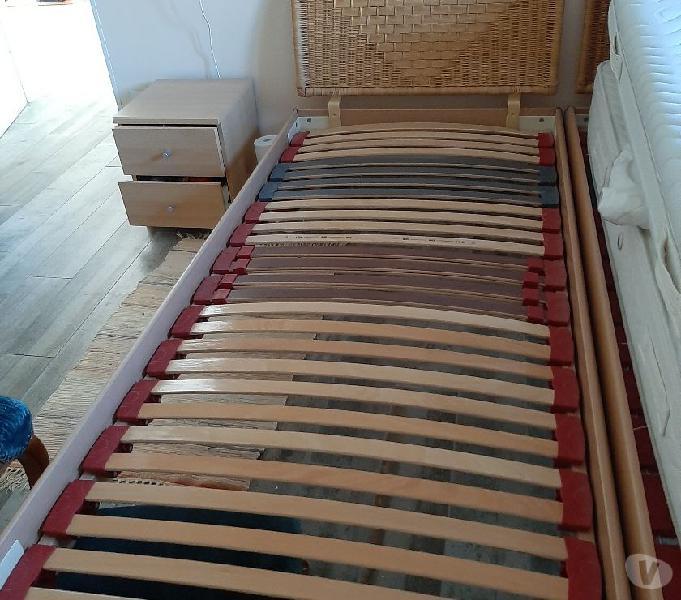 2 letti singoli legno
