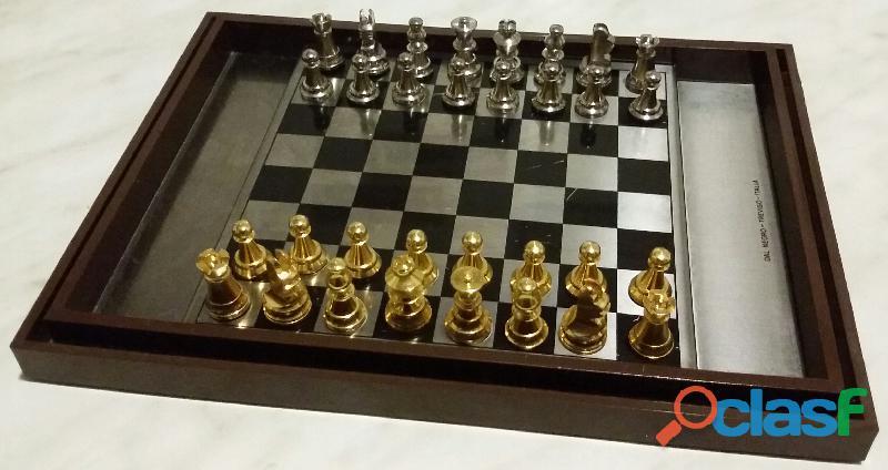 Gioco dama e scacchi scacchiera magnetica calamita dal negro cm.18x13 come nuovo