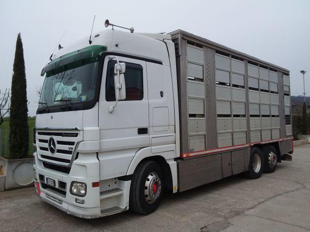 Mercedes benz actros v8 del 2004 trasporto animali vivi