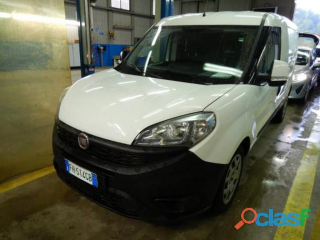 Fiat doblo doblò 1.6 mjt 105cv cargo maxi 3 posti rif. a trapani 10.500 €