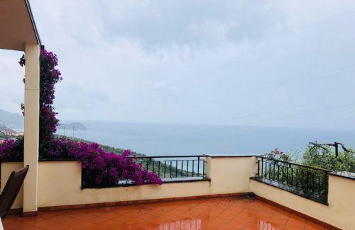 Appartamento vacanza 6 locali lavagna panoramica