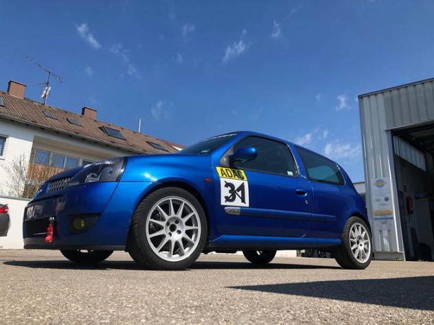 Renault - clio ii rs sport - 2002