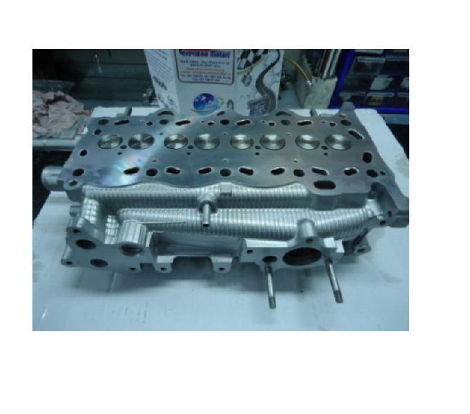 Testata motore toyota rav 4 avensis corolla 2.0