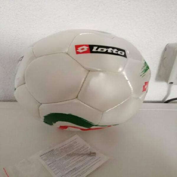 """Pallone da calcio lotto """"italia"""" con spillone per gonfiaggio"""