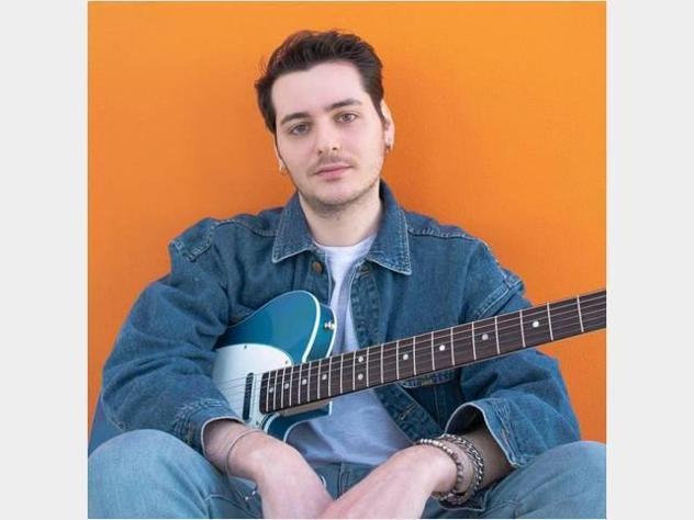 Lezione chitarra elettrica/acustica