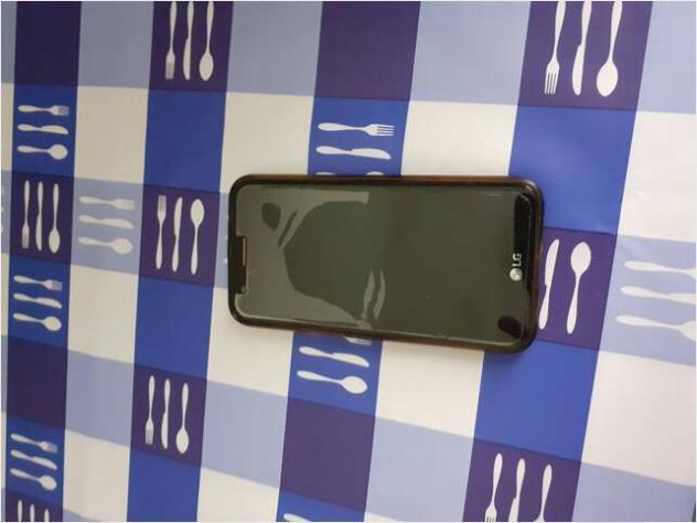 Telefono cellulare lg k10 2017 usato