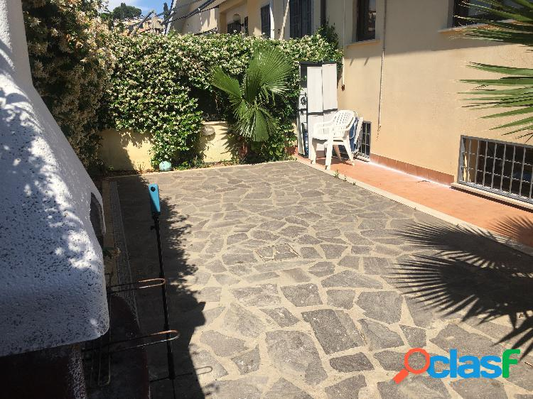 Casal Bernocchi - Villino con giardino