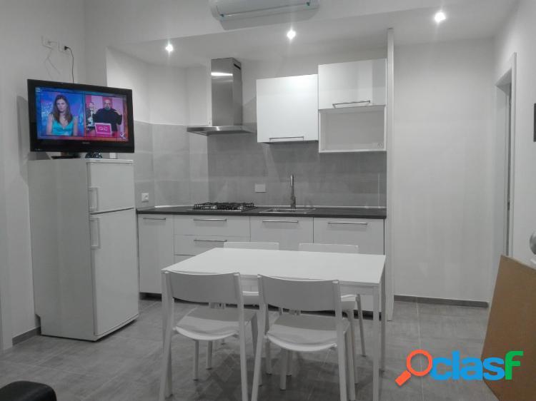 Appartamento in affitto 3 locali 1.000 eur a306