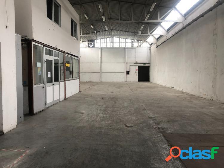 Ardeatina - capannone d7 mq 2500 € 4.500 ca901